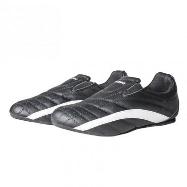 scarpe per arti marziali colore nero con rifiniture bianche in similpelle