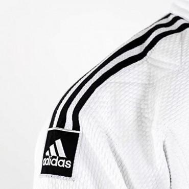 Judogi Adidas approvato IJF con tre trisce nere sulle spalle